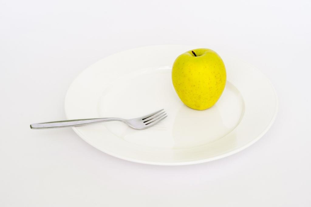 リンゴとフォーク